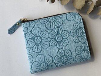 ピッグスキンのスリムなミニ財布 フラワー アクアブルー(みずいろ)の画像