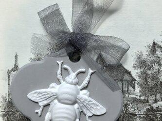 石膏樹脂 Victorian beeアロマストーンの画像