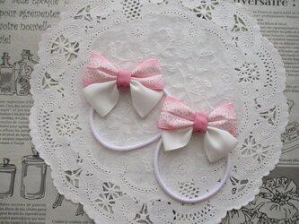 ★りぼん★ ピンクレース柄と白のダブルリボンのヘアゴムの画像
