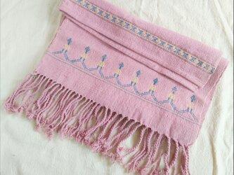 セール価格!タイの草木染め&手織りブランケット ピンク(ベビーから大人まで、織り刺繍)の画像