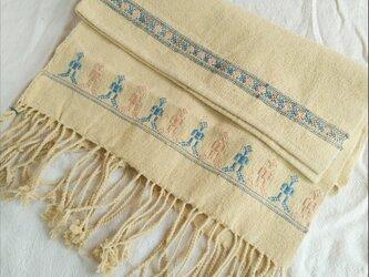 セール価格!タイの草木染め&手織りブランケット イエロー(ベビーから大人まで、織り刺繍)の画像