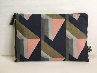 バッグインバッグ クラッチバッグ ピンクとカーキ2の画像