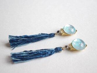 Japan blue 藍染糸タッセル 3色ミックス(納戸+浅葱+かめのぞき)イヤリングの画像