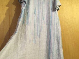 ▪️現品限り▪️淡い雫に、薄紅色を裾に*麻のロングワンピースの画像