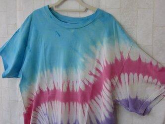 タイダイ染め すてきなもようのレインボーTシャツの画像