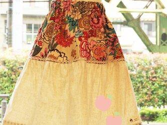 大きな花がかわいい♡ティアードスカートの画像
