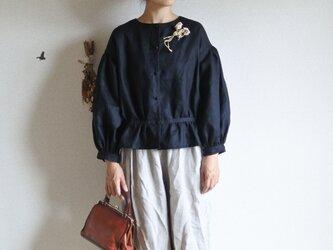 Hana * blouse ブラックの画像