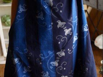 久留米絣2種のスタンドカラーワンピースの画像
