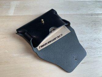 【新作】一枚革で作るシームレス名刺入れ カードケース【名入れ・選べる革とステッチ】の画像