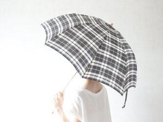 折りたたみ日傘 黒マドラスの画像