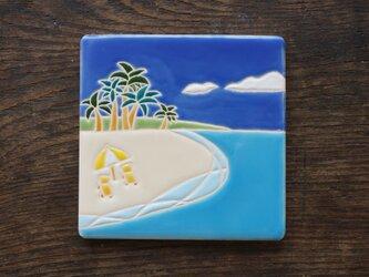 小さな島のビーチ  Playa de la islaの画像