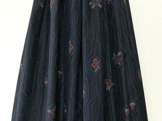 絹着物リメイク:タックスカートの画像