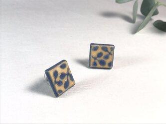 陶器のピアス   『青の葉』の画像