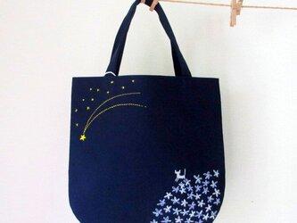 銀色猫と流れ星*手提げバッグ パープルの画像