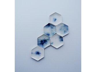 vand brooch : 水をたたえた様な涼しげなブローチ/帯留めの画像