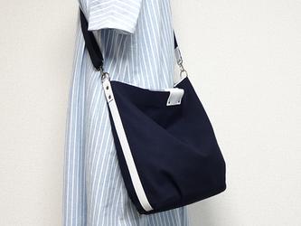 帆布の楕円底ショルダーバッグ(紺色×白革)☆受注製作☆の画像
