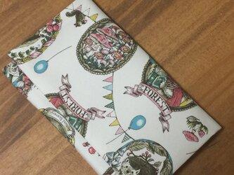 懐紙、通帳いれ in the forest whiteの画像