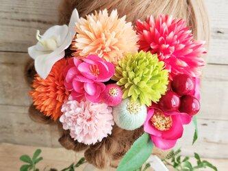 花kirari 椿とマムとponponボールの髪飾り12点Set No593の画像