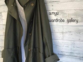 a.myu 夏から秋へ♪カーキグリーン♪膝丈 コットンフード大きめコートの画像