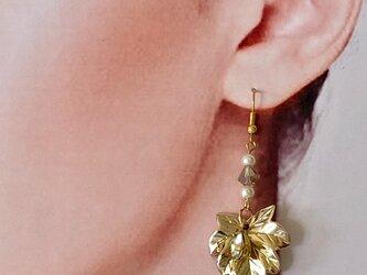 落葉 ピアス 【片耳】の画像