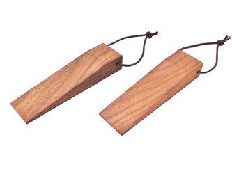 木製 ドアストッパー 2こ セット ウォールナット無垢材 半板目の画像