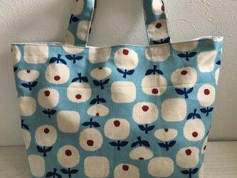 お花のトートバッグ(ブルー)の画像