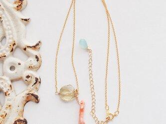 LeJ(ルジィ)枝珊瑚とレモンクオーツのネックレスの画像
