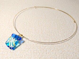 ガラス細工のネックレス ー しずく ーの画像