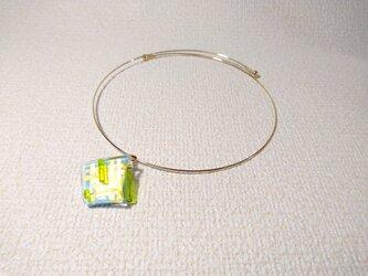 ガラス細工のネックレス ー 若緑 ーの画像
