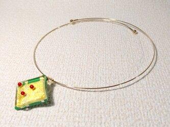 ガラス細工のネックレス ー 南天 ーの画像