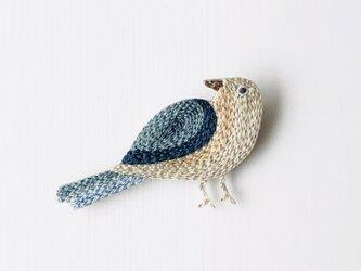 Little bird  刺繍のブローチ P ▪️受注製作の画像