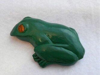 【彫刻】【漆】ブローチ 蛙の画像