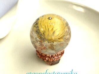 ○スノードーム型 ケオン メモリーオイル入り 金運 幸運 癒し ポジティブ オルゴナイト の画像