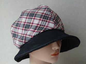 魅せる帽子☆3シーズン被れる!ふんわり♪チェックとブラックデニムのバイカラークロッシュの画像