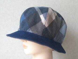魅せる帽子☆ほっこりココア色♪6枚はぎのリバーシブルクロッシュの画像
