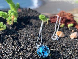 Le Grand Bleu/グランブルー;秋の浜;ペンダントの画像
