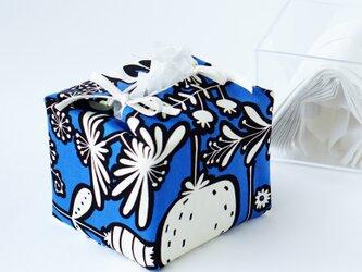 リバーシブルキューブティッシュ・容器付き(北欧調青花柄×USAコットン英字)の画像