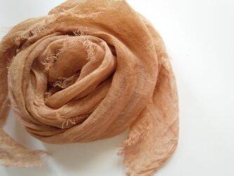 長く使える♪ふんわり柔らかなリネンガーゼストール 草木染め びわ染*銅媒染の画像