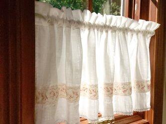 薔薇のアップリケ♪Wガーゼのカフェカーテン 100cm×36.5cmの画像