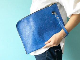 A4 すっぽりサイズ L字クラッチ 本革 ペイズリー ブルー & ブラックの画像