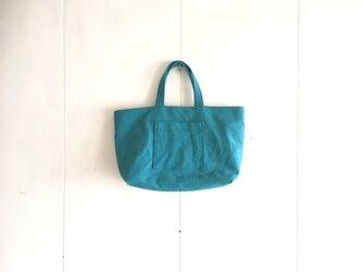 小さめのくったり鞄 ターコイズの画像
