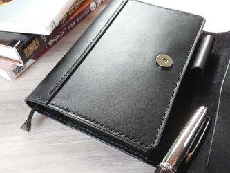 *受注生産* 三つ折り手帳カバー(A6/文庫本サイズ) ピアノレザー(黒)/ピッグスエード(黒)の画像
