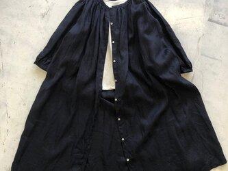 ギャザーロングシャツ*french linen100% ダークブルー 【受注生産品】の画像