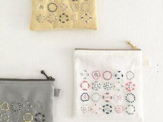 ポーチ[収穫]綿色×秋桜色の画像