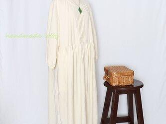 ざっくりレトロな木綿ワンピース(アイボリー)の画像