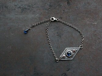 カイヤナイトのオリエンタルブレスレットの画像