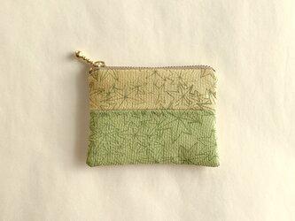 絹ミニポーチ(7.8cm×10.1cm 石版・楓)の画像