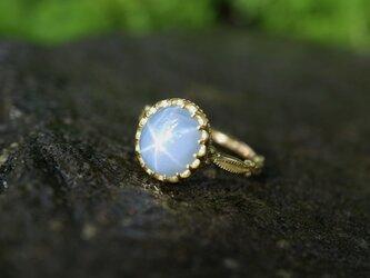 大粒天然スターサファイヤ指輪の画像