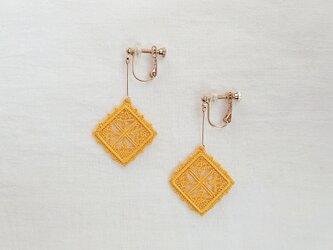 絹糸刺繍 Lysイヤリング  -1942の画像