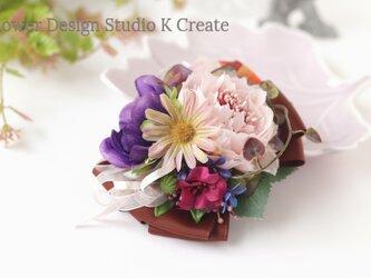 布花とオレンジの紫のアネモネのヘアクリップ 紫 パープル 秋色 ヘアクリップ バラ コスモス 髪飾り 発表会の画像